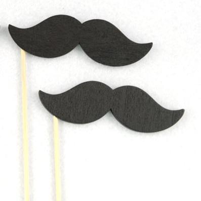 xylino-moustaki-stik